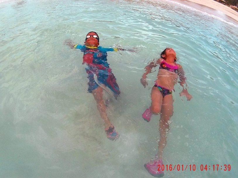 The ocean waters was very calm and gave me peace of mind with the kids in the water.